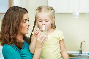 Το καθαρό, πόσιμο νερό<br/>ωφελεί την υγεία.